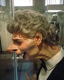 Grantham_Museum_Thatcher_Spitting_Image